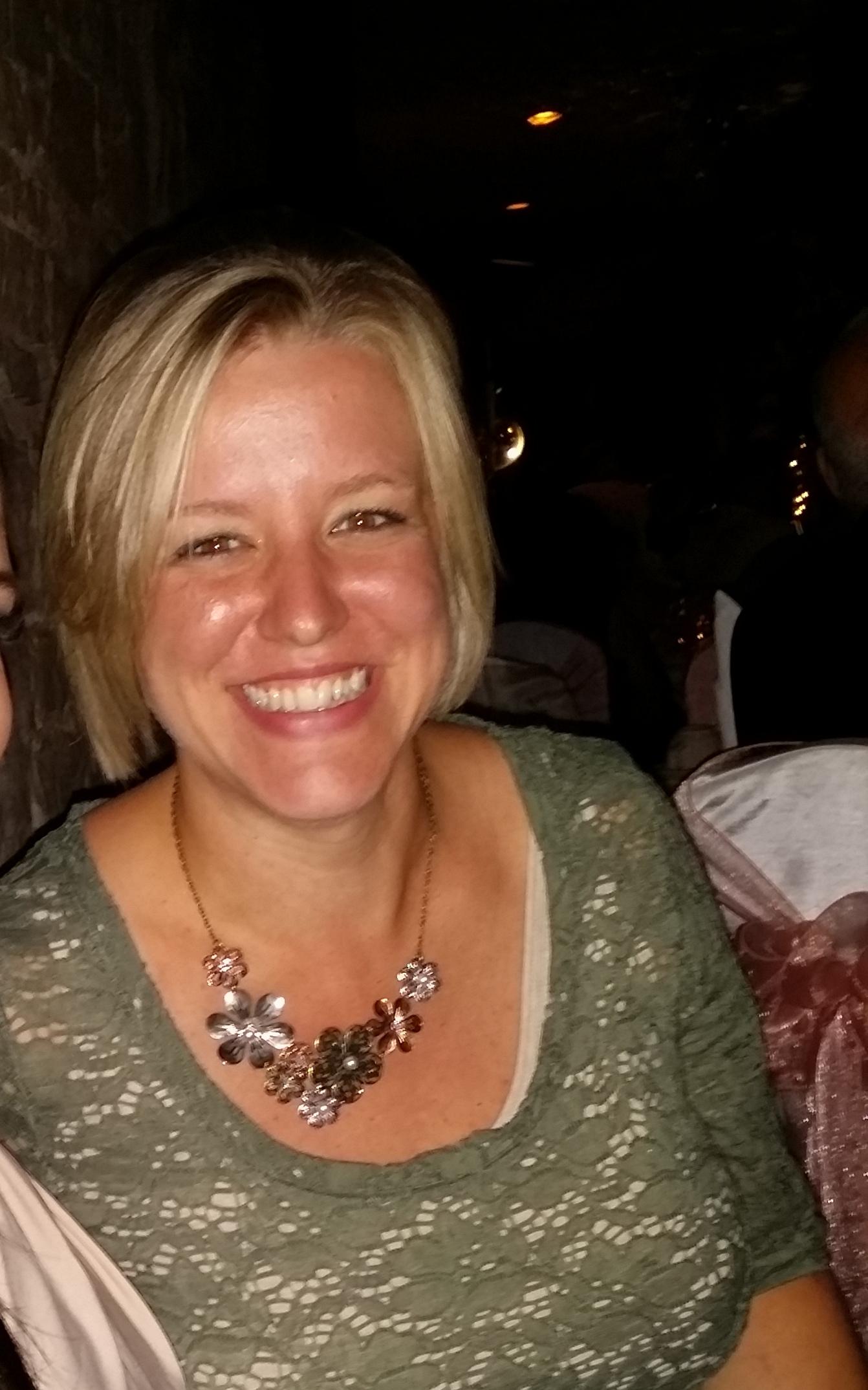 Amy Robertson, RVT, Technician Supervisor